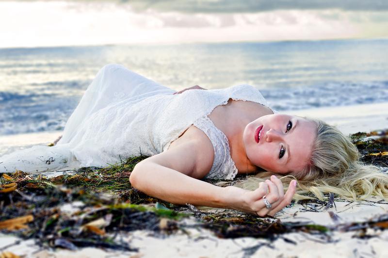 Cancun Wedding: Trash The Dress
